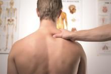 Behandling af hovedpine og ondt i ryggen med fysiurgisk massage