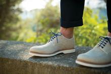 Förnya skorna med kreativa knytningar