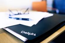 Delphi rådgivare till säljarna av Comenius Svenska AB