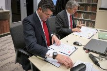 Santander und Technische Universität Dresden vereinbaren Partnerschaft