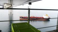 Var tionde fartyg bryter mot svavelreglerna