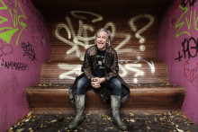 Stefan Sundström tar med hyllat album på svensk turnépremiär