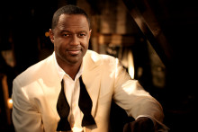 BRIAN MCKNIGHT TILL BERNS ONSDAGEN 8 DECEMBER