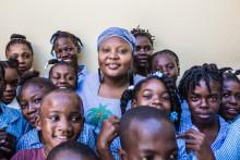 Barn i Trångsund möter  barnrättskämpe emot slaveri och fattigdom på Haiti