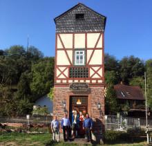 """""""Kunst am Trafo"""" in Leidersbach - Trafostation erzählt die Geschichte der Spessarträuber"""