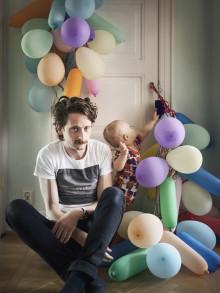 Fotografen Johan Bävman berättar om internationellt uppmärksammade Swedish Dads i Wadköping