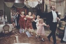 Fanny och Alexander på Tjolöholms Slott - originalkostymer från storfilmen
