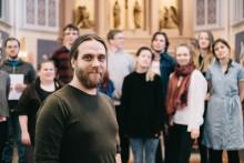 Kyrkomusiker Jonas Östlund får nytt körstipendium i Sverige