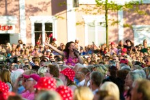 Tre nya gästartister till succén Lotta på Liseberg