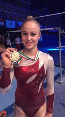 Guld till Jonna i världscupen i artistisk gymnastik