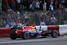 Vettel vinner Kanadas GP överlägset med en tvåstoppstrategi