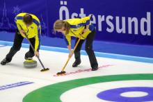 Curling-VM mixed dubbel: Oväntad förlust mot Spanien efter två raka segrar