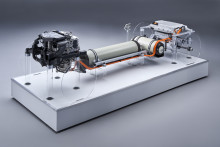 BMW i Hydrogen NEXT: Ren kjøreglede i hver vanndråpe