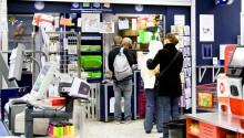 Terminalerna är flaskhalsen när kunderna köar för sina paket