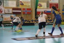Seger för Sveriges U19-damer i VM-premiären