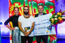100 000 kr till skolledare på Angeredsgymnasiet för arbetet med nyanlända