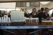 Aarhus Produktionsskole samler pant til velgørenhed
