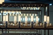 Lámparas piratas presentan riesgos de sobrecalentamiento, choque eléctrico y cortocircuito.
