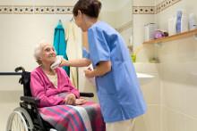Komplizierte Regelungen verunsichern Ratsuchende – Die Unabhängige Patientenberatung Deutschland (UPD) informiert über Verhinderungspflege