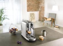 Nespresso lancerer Creatista - en ny baristamaskine med mælkeskummer så du kan lave latte art derhjemme