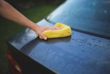 Smutsig bil? Så här tvättar du på bästa sätt!