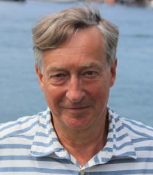 Erik Fichtelius leder arbetet att ta fram en nationell biblioteksstrategi