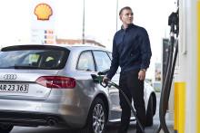 For mange kører med brændstofpistolen i bilen