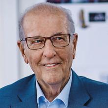 Büroeinrichter trauern um Egon König