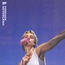 """MØ släpper albumet """"Forever Neverland"""""""