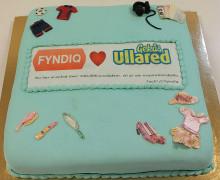 Fyndiq bjuder Ullared på tårta - firar att målet 100 000 produkter uppnåtts