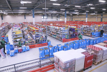 Retail chains strengthen their e-commerce offering with efficient logistics solution for Darkstores