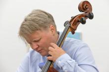 Arne Nordheims komponistpris for 2018 til cellist og komponist Lene Grenager