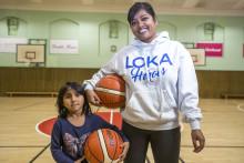 PRESSINBJUDAN: Shamima ska få nyanlända kvinnor att spela basket