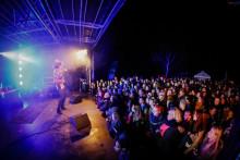 Stærkt line-up til gratis festival i boligblokken
