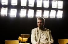 Göteborgs Stadsteater ger fler föreställningar av Främlingen – biljettsläpp i morgon tisdag