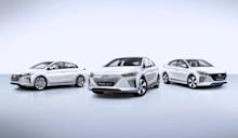 Hyundai IONIQ har världspremiär i Geneve – först i världen med tre drivlinor i samma bil