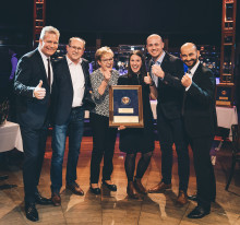 """Paulaner Brauerei Gruppe verleiht """"Stern der Gastlichkeit"""" an 103 Wirte"""