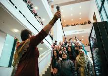 Sfi-elever bjuder på berättelser från hela världen