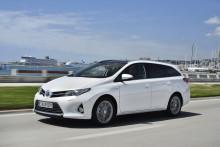 Toyota och Lexus störst i Sverige på elektrifierade bilar