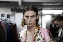 Manligt, kvinnligt och könsneutralt under Röhsskas modedagar