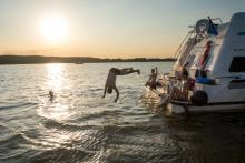 Auf großer Fahrt im Seensuchtsland -  Unterwegs im Traumrevier für Hausboot-Törns