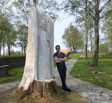 Pressinbjudan: Avtäckning av ny träskulptur vid Familjecentralen i Osby