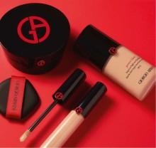 Meikin parhaat ominaisuudet yhdessä  — Giorgio Armani Power Fabric