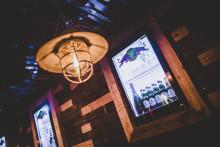 Intelligent lysstyring skaber tyroler-stemning på ny bar