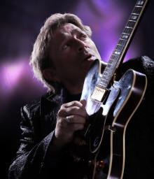 Mikael Rickfors, Yonder, Svante Sjöblom & Alain Apaloo – Blues Jamboree Unplugged på Palladium 20 november