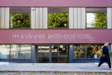Om glädjen att få rosta kaffe åt Sveriges bästa café
