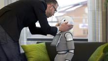 Sociala roboten Pepper inviger produktionsmässa