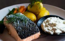 Korshags recepttips: Inkokt lax med remouladsås, kokta grönsaker & färskpotatis