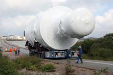 Jättetransport till Preems raffinaderi i Lysekil
