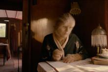 Her er Løvekvinnen- se trailer og de første bildene fra storfilmen.